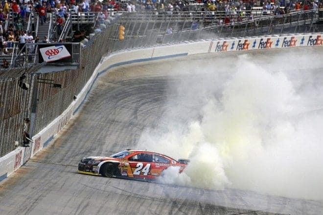 2014 Dover II CUP Jeff Gordon burnout
