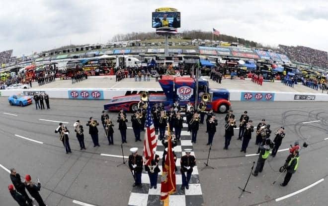 2014 national anthem martinsville speedway