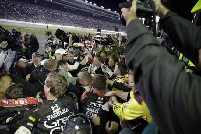 2014 Texas II CUP Jeff Gordon Brad Keselowski postrace brawl CIA