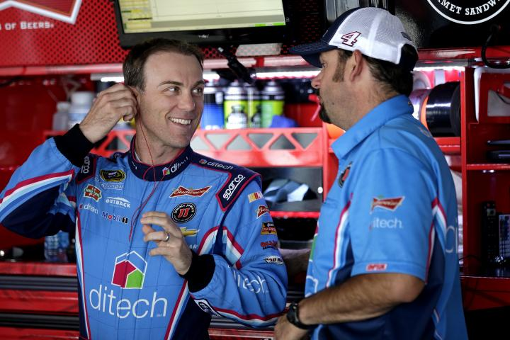 2015 Dover I CUP Kevin Harvick smiling CIA