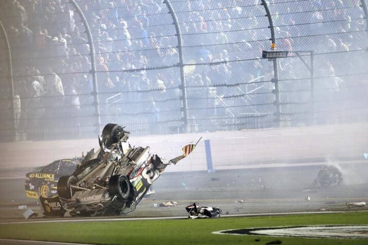 2015 Daytona II CUP Austin Dillon crash II CIA