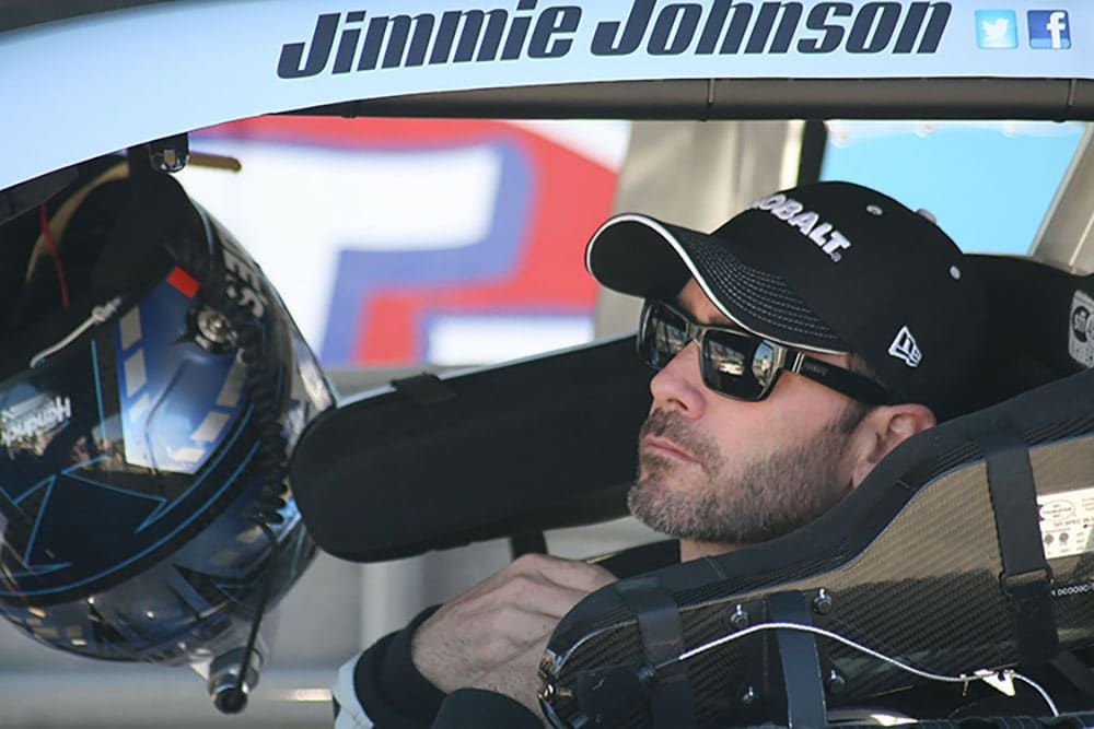 2015 Martinsville II CUP Jimmie Johnson credit Amy Henderson