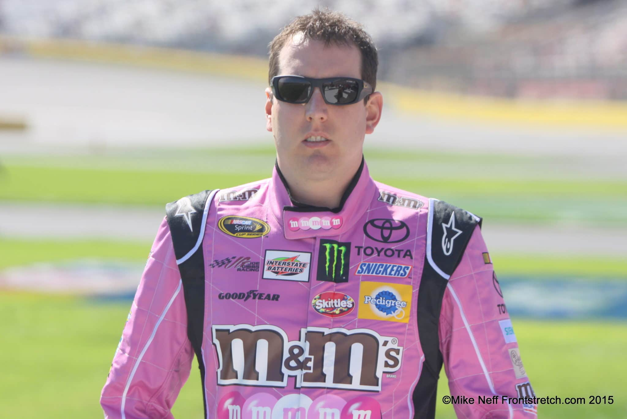 Kyle Busch Bank of America 500 2015 Charlotte Cup Mike Neff