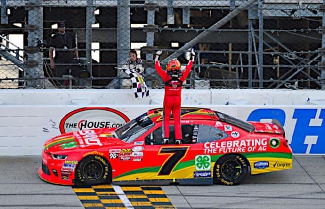 Pace Laps: NASCAR Playoff Stress, Tyler Reddick's Triumph & Timothy Peters' Impressive Return