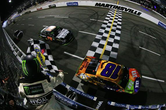Kyle Busch Martinsville Checkered Flag