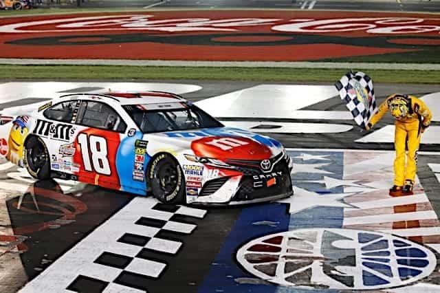2018 Cup Charlotte Kyle Busch Checkered Flag Bow NKP