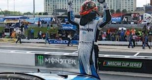 Martin Truex Jr. - Dover spring race 2019