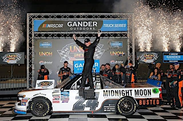 Tracking the Trucks: Brett Moffitt Strikes 1st in Playoffs With Bristol Win