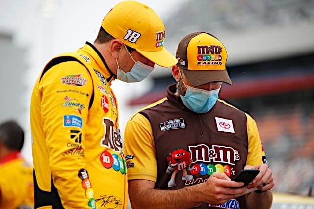 2020 CharlotteROVAL NCS Kyle Busch Crew Chief NKP