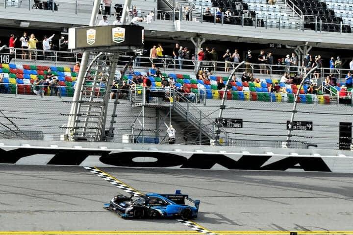 2021 Daytona IWSC Filipe Albuquerque Checkered Flag Courtesy of IMSA