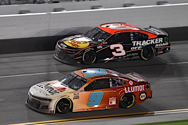Chase Elliott battles with Austin Dillon in 2021 Daytona Clash Photo Nigel Kinrade Photography