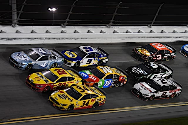 Three-wide NASCAR racing action in the 2021 Daytona 500 Photo: NKP