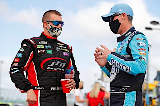 Ryan Preece and Kevin Harvick talk before 2021 Homestead Cup race Photo: NKP
