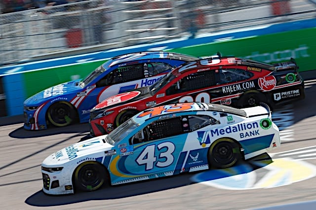 Erik Jones, Christopher Bell and Kyle Larson compete in the NASCAR Cup Series race at Phoenix Raceway March 2021. Photo: NKP