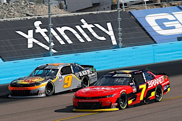 JR Motorsports teammates Justin Allgaier and Noah Gragson races at 2021 Phoenix Xfinity spring Photo NKP